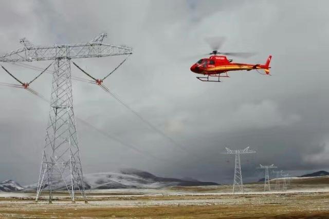 青藏联网工程为促进西藏经济社会发展发挥了重要能源电力命脉作用,更
